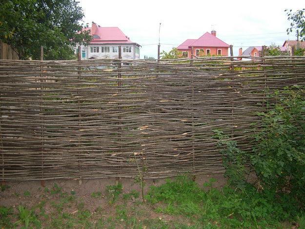 Забор самый дешевый своими руками